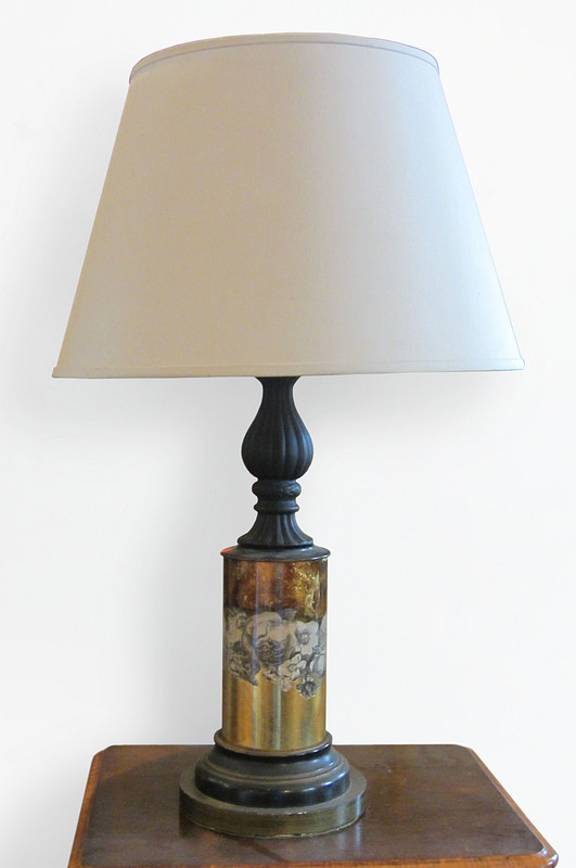 French <i>Eglomisé</i> Decorated Lamp